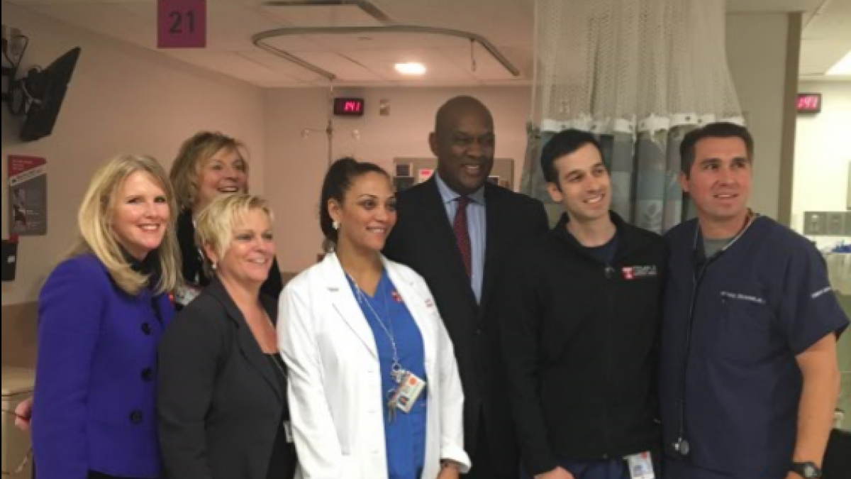 Congressman Dwight Evans touring Temple Hospital